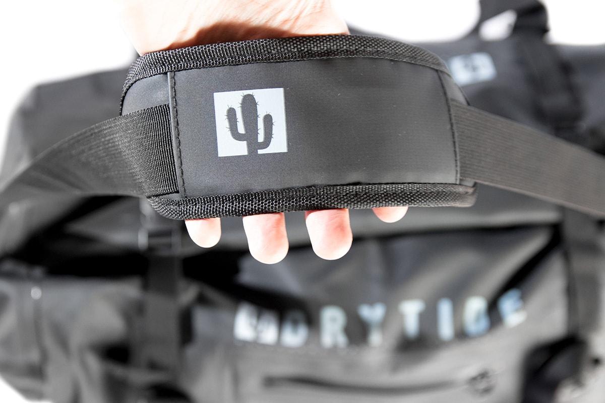 DryTide-waterproof-duffel-bag-shoulder-strap