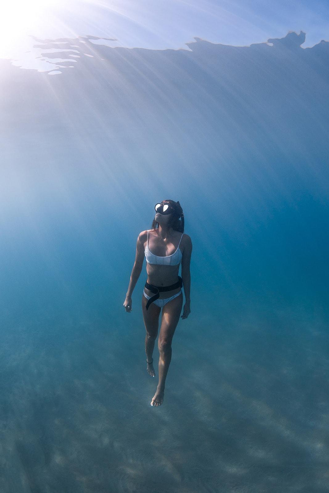 Kristina Recalde, shark diver